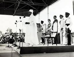 Sir Abubakar Tafawa Balewa giving a speech on Independence day