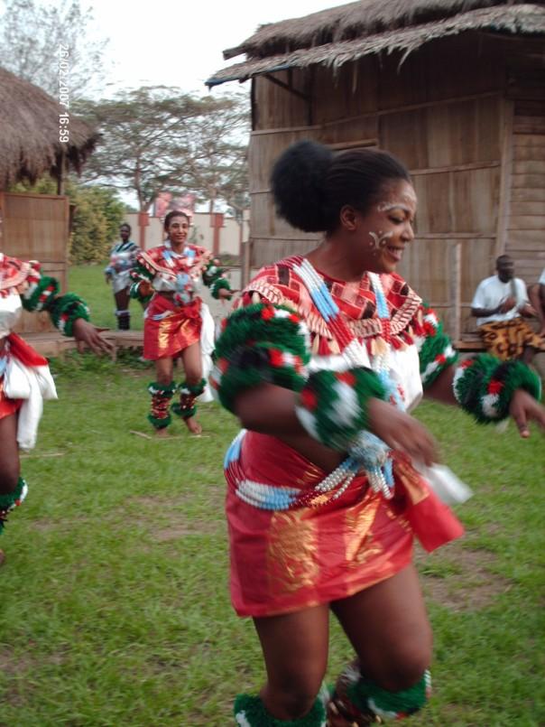 Ekombi Dancers