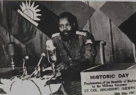 Ojukwu declaring Biafra